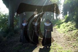 Santa Clara: Vida religiosa contemplativa