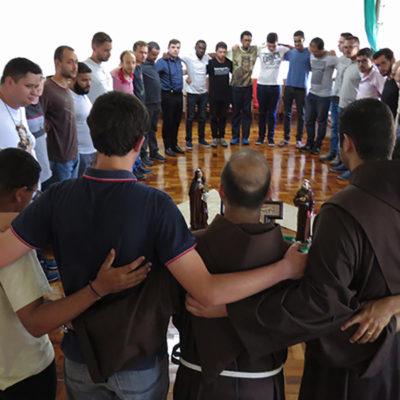 """O """"Enem Franciscano"""" de 29 jovens"""