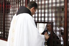 Ministro Provincial: um dia inteiro com as Irmãs Clarissas