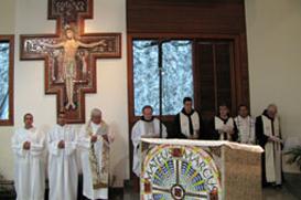 Missa de Ação de Graças no Mosteiro das Clarissas de Guaratinguetá dá inícia ao ano jubilar clariano
