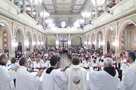 O sim dos franciscanos a Amparo