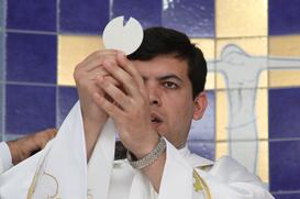 Barra do Saí se reúne para a Primeira Missa de Frei Laurindo
