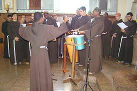 Noviciado celebra mês missionário com Missa angolana