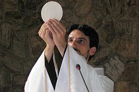 Frei André celebra Primeira Missa em Nilópolis