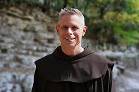 Vigário Geral é o 120º sucessor de São Francisco