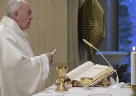 Agradecimento aos sacerdotes que doam suas vidas no silêncio