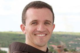 Frei Paulijacson será ordenado diácono hoje