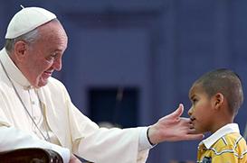 Revista de comunidade carente argentina entrevista o Papa