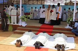 Três novos diáconos para a Missão de Angola