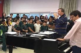 Frei Miguel Kleinhans em visita aos Canarinhos e Nilópolis