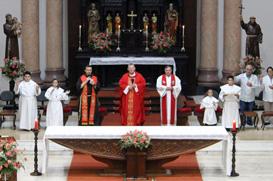 Dom Jaime prega o Tríduo da Festa de São Pedro