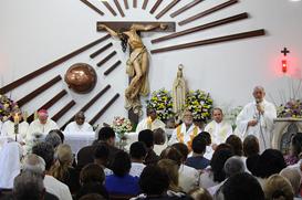 Mosteiro Santa Clara, em Nova Iguaçu, celebra padroeira