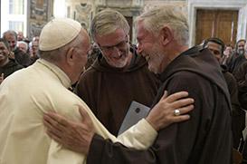 Papa recebe os participantes do Capítulo Geral