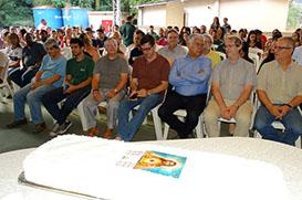 Editora Vozes celebra os 80 anos da Folhinha do Sagrado Coração de Jesus