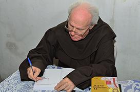 """""""O Caminho da Fé"""", novo livro de Frei Hipólito Martendal"""