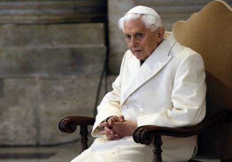 Papa emérito Bento XVI completa 91 anos hoje