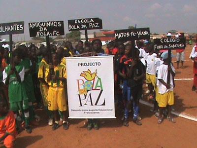 Projeto Bola da Paz participa do Campeonato Gira-Bairro
