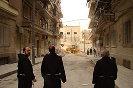 Frades da Síria recebem carta do Papa Francisco