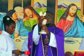 Frei Ermelindo celebra Primeira Missa em sua terra