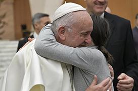 Papa: Os jovens são fermento de paz