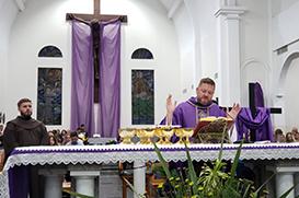 Oração, jejum e esmola: conselhos para bem iniciarmos a Quaresma