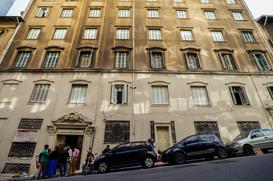 """Um ano depois, fachada do Convento São Francisco continua """"pintada"""""""