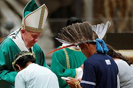 """Papa: """"O fogo ateado por interesses que destroem, como o que devastou a Amazônia, não é o do Evangelho"""""""