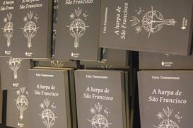 """""""A Harpa de São Francisco"""" é lançado na USF"""