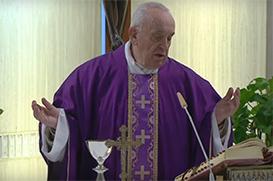 O Papa reza pelas vítimas do coronavírus e seus familiares