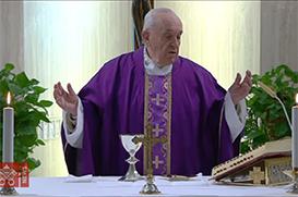 Papa reza para vencermos o medo neste tempo difícil