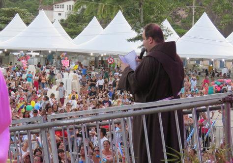 Aumentam os católicos no mundo: são 1 bilhão e 300 milhões