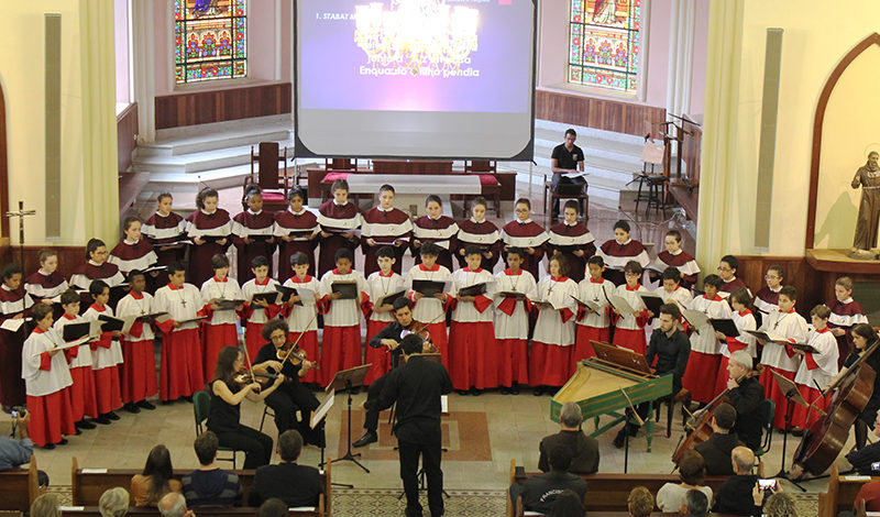 Páscoa será celebrada com concerto dos Canarinhos pela internet
