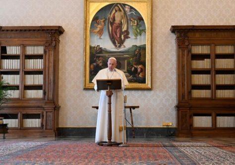 Papa lembra atuação das mulheres em favor dos outros