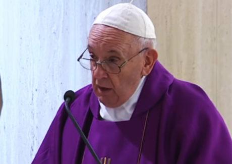 Papa reza pelos inocentes que sofrem sentenças injustas