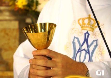 Pe. Diego pede o colo de Maria como refúgio para nossas dores