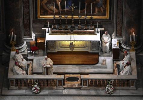 Papa celebra o centenário de nascimento de São João Paulo II