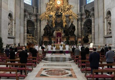 Papa: a união vem com a unção. Que o Espírito Santo nos torne construtores de unidade.