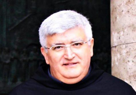 Frei Michael cumprimenta Frei Marco Tasca, novo arcebispo de Gênova