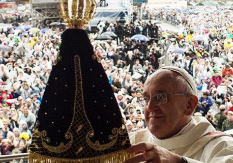 """""""Coragem e esperança. Somos pessoas de fé!"""", diz o Papa aos brasileiros"""