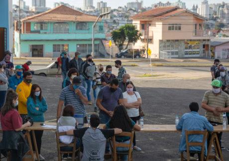 Ações solidárias na Igreja do Navio atendem mais de 500 pessoas