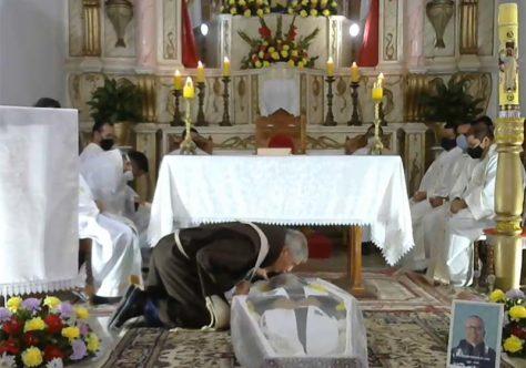 Emoção marca a Missa de corpo presente de Frei Moiséis
