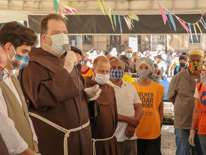 [Tenda Franciscana chega a meio milhão de refeições distribuídas]