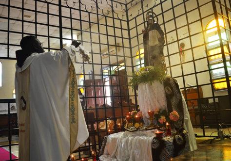 Frades de Angola celebram Santa Clara com as Irmãs Clarissas
