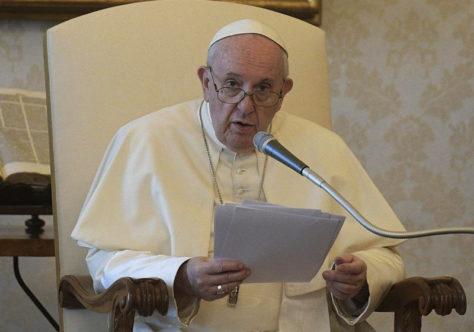 Papa: a desigualdade social e a degradação ambiental andam de mãos dadas