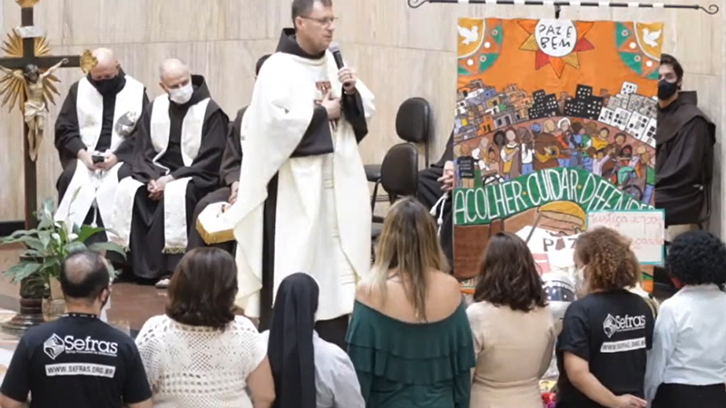 """[""""São Francisco de Assis é nossa inspiração"""", diz o Ministro Provincial na festa dos 20 anos do Sefras]"""