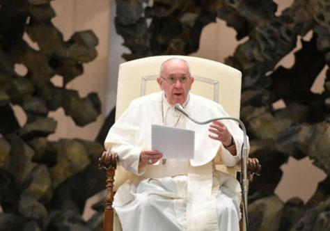 """Papa Francisco: """"Quem reza não é um iludido"""""""