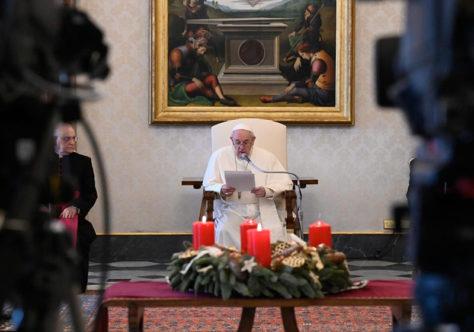 Papa: não devemos ter vergonha de pedir, de rezar