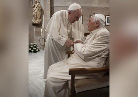 Campanha contra a Covid-19: Francisco e Bento XVI foram vacinados