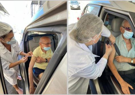 Frei Clarêncio e Frei Claudius são vacinados contra a Covid-19 em Vila Velha