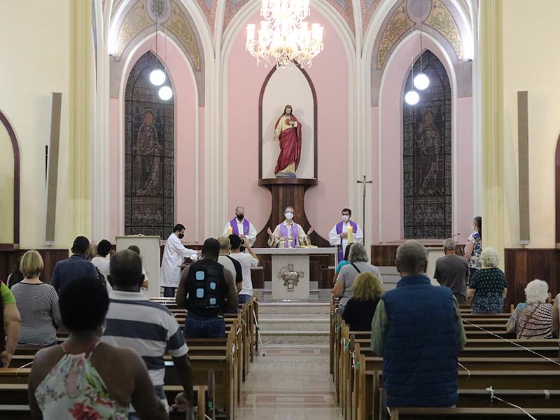 [Editora Vozes celebra 120 anos no Jubileu de 125 anos de presença franciscana em Petrópolis]